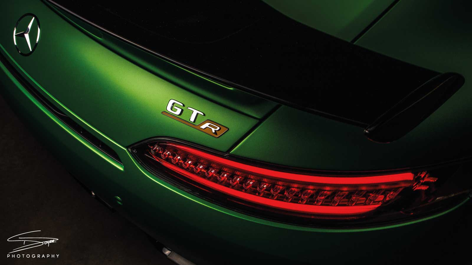 Mercedes AMG GTR Green